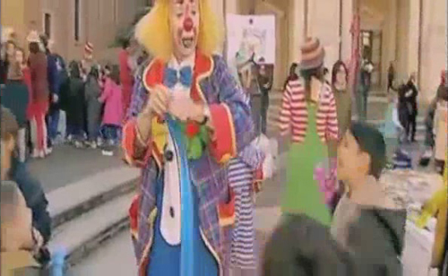 youtube-clown-in-kabul-016